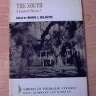 The South : A Central Theme? by Monroe Lee Billington (1969, Paperback) rare