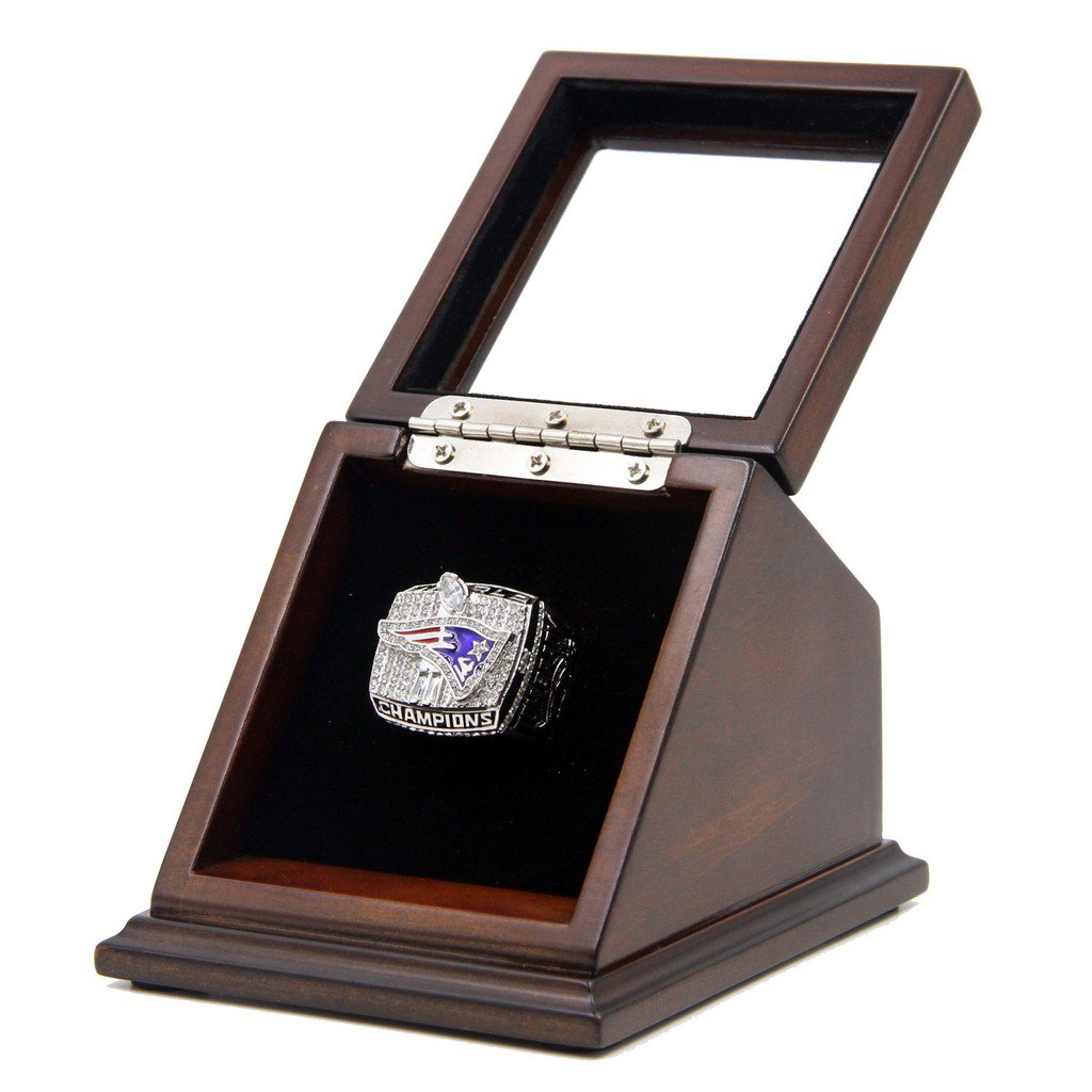 2001 New England Patriots SB XXXVI Replica Championship Rings with Wooden display Case
