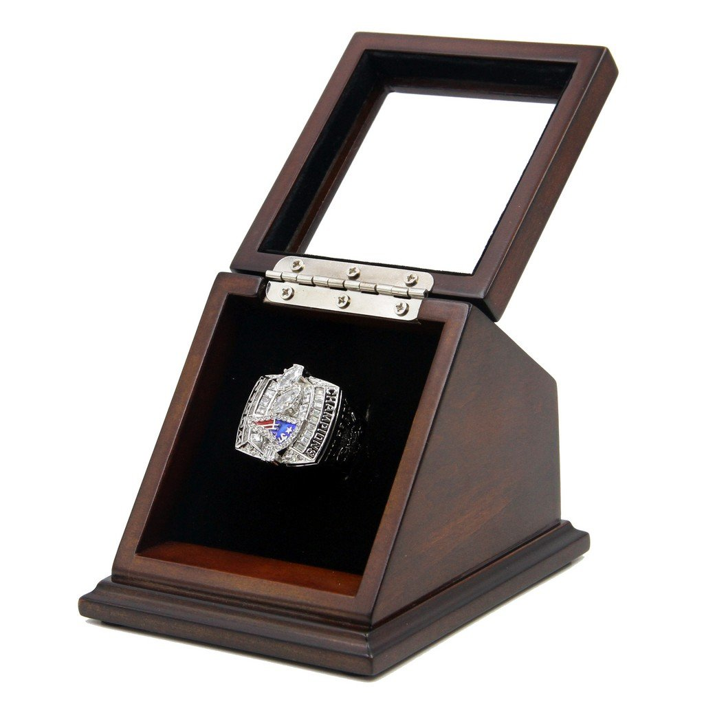 2003 New England Patriots SB XXXVIII Replica Championship Rings with Wooden display Case