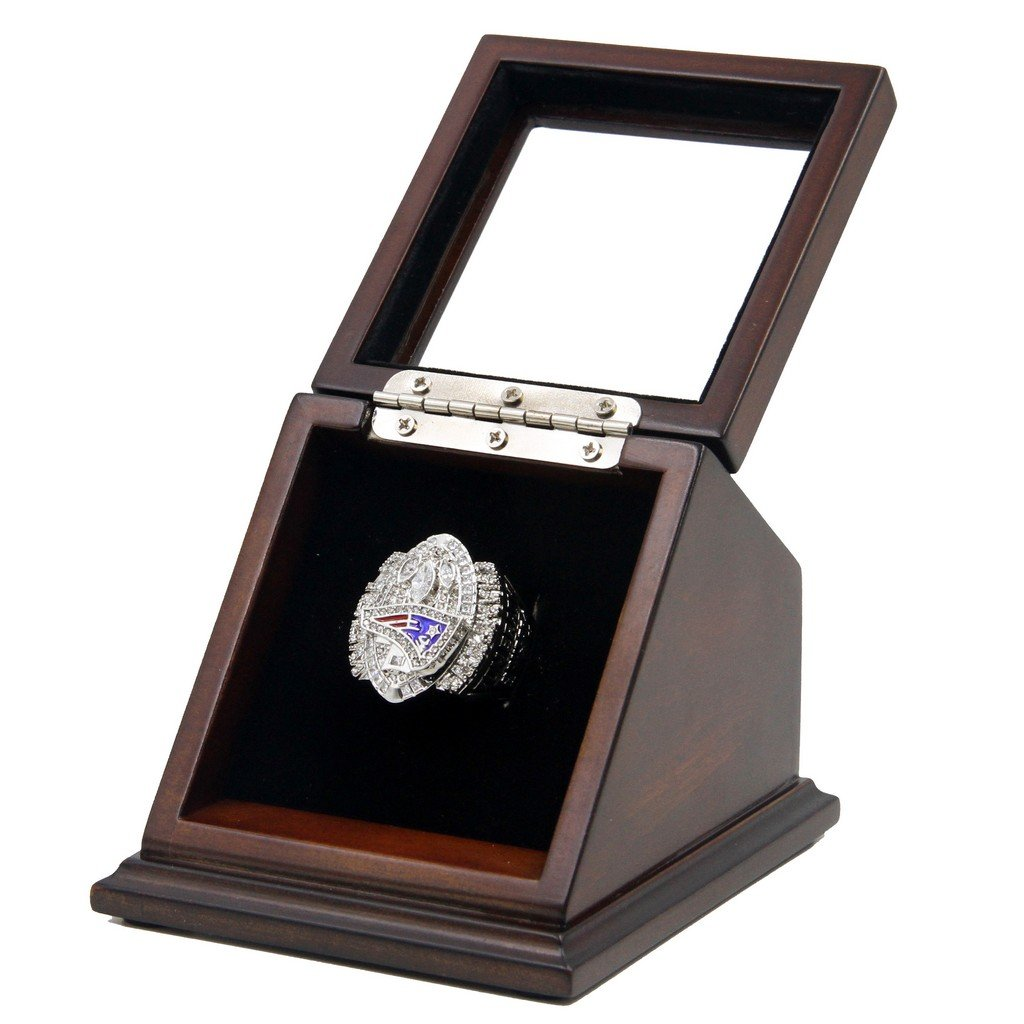 2004 New England Patriots SB XXXIX Replica Championship Rings with Wooden display Case
