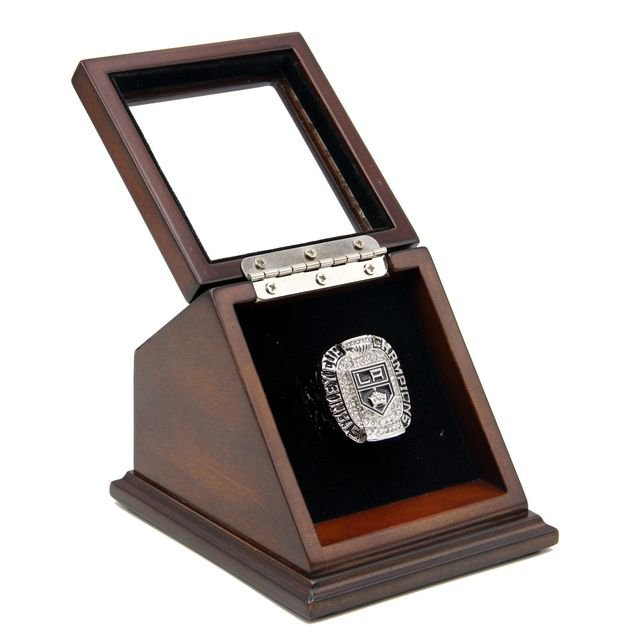 2012 Los Angeles Kings Championship Replica Fan Ring with Wooden display Case Box Size 11