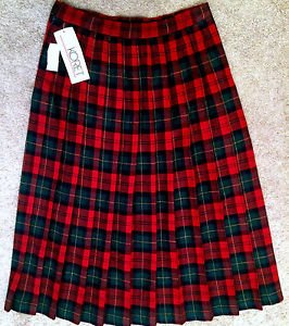 NWT Womens Vintage KORET Red & Green Plaid Full Pleated Wool Blend Skirt Size 12