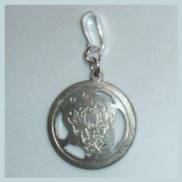Vintage Engraved Flower Design Round Sterling Silver Pendant