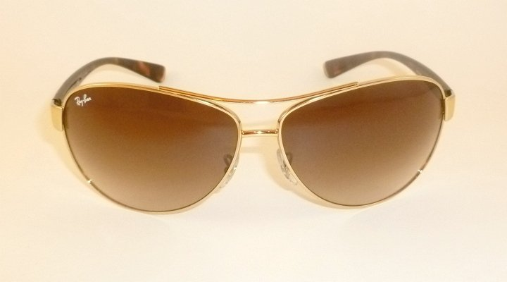New  RAY BAN  Sunglasses Gold Frame  RB 3386 001/13  Gradient Brown Lenses  67mm