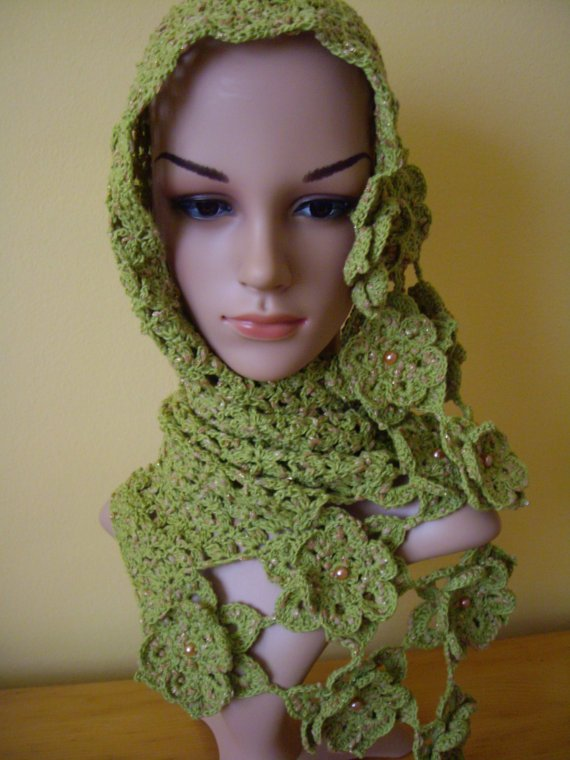 Crochet green neck warmer
