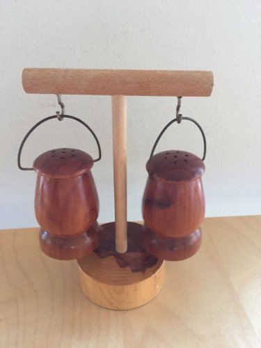 Salt & Pepper Shakers  Collectible Wooden  Las Vegas with Stand Souvenir
