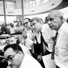 WERNHER VON BRAUN & OTHER NASA OFFICIALS EXAMINE PLOT BOARDS 8X10 PHOTO (AA-751)
