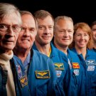 FIRST & LAST ASTRONAUT CREWS FROM SPACE SHUTTLE MISSIONS - 8X10 PHOTO (ZZ-294)