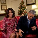 PRES BARACK OBAMA LAUGHS AS HE & MICHELLE RECORD VIDEO MSG - 8X10 PHOTO (ZZ-537)