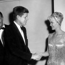 PRESIDENT KENNEDY DOROTHY PROVINE W.H. CORRESPONDENTS DINNER 8X10 PHOTO (BB-298)