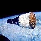 GEMINI 7 SPACECRAFT AS SEEN FROM GEMINI 6 - 8X10 NASA PHOTO (EP-799)