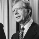 JIMMY CARTER - 39TH PRESIDENT OF THE UNITED STATES - 8X10 PHOTO (AA-367)