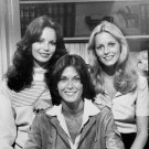1977 CAST OF THE ABC TV SERIES 'CHARLIE'S ANGELS' 8X10 PUBLICITY PHOTO (CC-026)