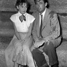 AUDREY HEPBURN & GREGORY PECK ON SET OF 'ROMAN HOLIDAY' - 8X10 PHOTO (ZZ-315)