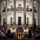 PRESIDENT BARACK OBAMA ENTERS SOUTH PORTICO OF WHITE HOUSE - 8X10 PHOTO (ZZ-513)