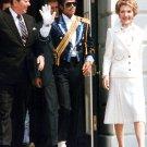PRESIDENT RONALD REAGAN AND NANCY WITH MICHAEL JACKSON - 8X10 PHOTO (AA-057)