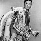 """GUY WILLIAMS """"DR. JOHN ROBINSON"""" IN 'LOST IN SPACE' 8X10 PUBLICITY PHOTO (DA-621)"""