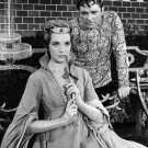RICHARD BURTON & JULIE ANDREWS IN 'CAMELOT' - 8X10 PUBLICITY PHOTO (DA-588)