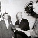 PRESIDENT DWIGHT D. EISENHOWER PRESENTS AWARD TO WERNHER VON BRAUN - 8X10 PHOTO (EP-088)