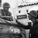 GEN. GEORGE S. PATTON DISCUSSES MILITARY STRATEGY IN ITALY - 8X10 PHOTO (AA-027)