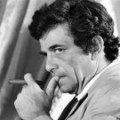 PETER FALK AS ICONIC HOMICIDE DETECTIVE 'COLUMBO' 8X10 PUBLICITY PHOTO (DA-617)
