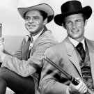 ROSS MARTIN & ROBERT CONRAD 'THE WILD WILD WEST' - 8X10 PUBLICITY PHOTO (DA-669)