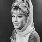 BARBARA EDEN IN NBC TV SHOW 'I DREAM OF JEANNIE' - 8X10 PUBLICITY PHOTO (XAB-006)