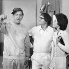JACK KLUGMAN BOBBY RIGGS & BILLIE JEAN KING 'THE ODD COUPLE' 8X10 PHOTO (AB-010)