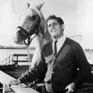 "ALAN YOUNG AND ""MISTER ED"" IN CBS 'MISTER ED' - 8X10 PUBLICITY PHOTO (ZY-111)"
