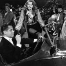 RITA HAYWORTH AND GLENN FORD IN THE FILM 'GILDA' - 8X10 PUBLICITY PHOTO (NN-011)