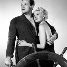RITA HAYWORTH & ORSON WELLES IN 'THE LADY FROM SHANGHAI' - 8X10 PHOTO (NN-015)