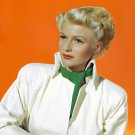 RITA HAYWORTH IN 'THE LADY FROM SHANGHAI' - 8X10 PUBLICITY PHOTO (NN-018)