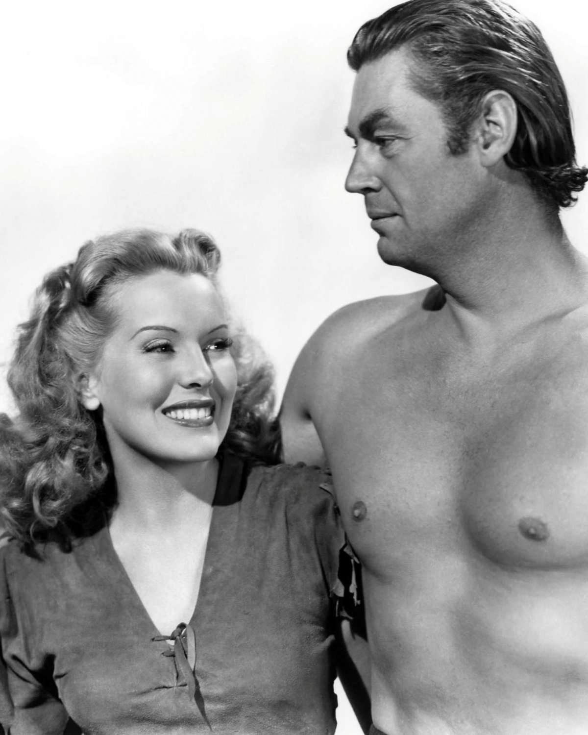 WEISSMULLER & JOYCE 'TARZAN & THE LEOPARD WOMAN' - 8X10 PUBLICITY PHOTO (AB-103)