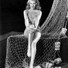 LEGENDARY ACTRESS RITA HAYWORTH - 8X10 PUBLICITY PHOTO (NN-112)