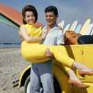 FRANKIE AVALON & ANNETTE FUNICELLO 'BEACH PARTY' - 8X10 PUBLICITY PHOTO (BB-801)