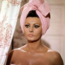 ACTRESS SOPHIA LOREN IN THE FILM 'ARABESQUE' - 8X10 PUBLICITY PHOTO (EP-511)