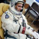 GEMINI 11 ASTRONAUT DICK GORDON RELAXES BEFORE LAUNCH - 8X10 NASA PHOTO (AA-622)