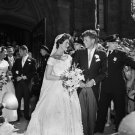 JACQUELINE LEE BOUVIER MARRIES SENATOR JOHN F. KENNEDY IN 1953 - 8X10 PHOTO (AA-249)
