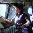 ASTRONAUT SALLY RIDE ON STS-7 COLUMBIA FLIGHT DECK - 8X10 NASA PHOTO (BB-254)