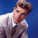 FILM AND TELEVISION ACTOR GUY MADISON - 8X10 PUBLICITY PHOTO (BB-767)