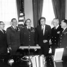 PRESIDENT JOHN F. KENNEDY MEETS WITH JOINT CHIEFS OF STAFF - 8X10 PHOTO (BB-323)