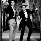 JACK KELLY & JAMES GARNER IN TV SHOW 'MAVERICK' - 8X10 PUBLICITY PHOTO (DA-119)