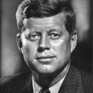 JOHN F. KENNEDY - 35TH PRESIDENT OF THE UNITED STATES - 8X10 PHOTO (AA-541)