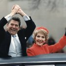 PRESIDENT RONALD REAGAN & NANCY ON INAUGURATION DAY 1981 - 8X10 PHOTO (EP-846)