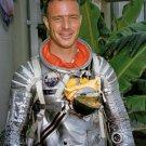 MERCURY ASTRONAUT SCOTT CARPENTER IN PRESSURE SUIT - 8X10 NASA PHOTO (EP-036)