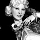 ACTRESS AND SEX SYMBOL MAE WEST - 8X10 PHOTO (DA-423)