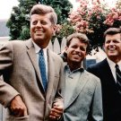 SEN JOHN F. KENNEDY WITH BROTHERS ROBERT AND EDWARD IN 1960 8X10 PHOTO (AA-414)