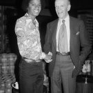 MICHAEL JACKSON FRED ASTAIRE TONIGHT SHOW 1975 - 8X10 PUBLICITY PHOTO (AA-001)