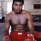 MUHAMMAD ALI LEGENDARY BOXER 'THE GREATEST' - 8X10 PUBLICITY PHOTO (ZY-149)