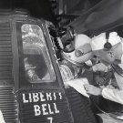 JOHN GLENN HELPS ASTRONAUT GUS GRISSOM ENTER LIBERTY BELL 7 8X10 PHOTO (EP-468)